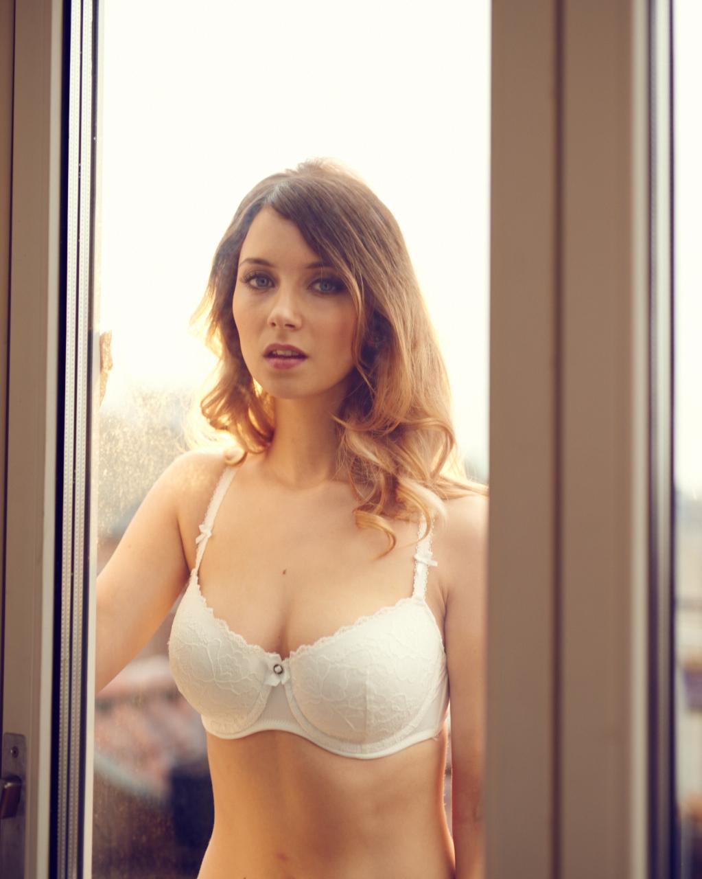 sex i dag Nikita Klæstrup bryster