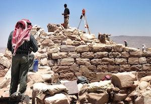 Petra arons klosterkyrka utgravning 2005 i3pydho7dhcb6r4pygzkvw