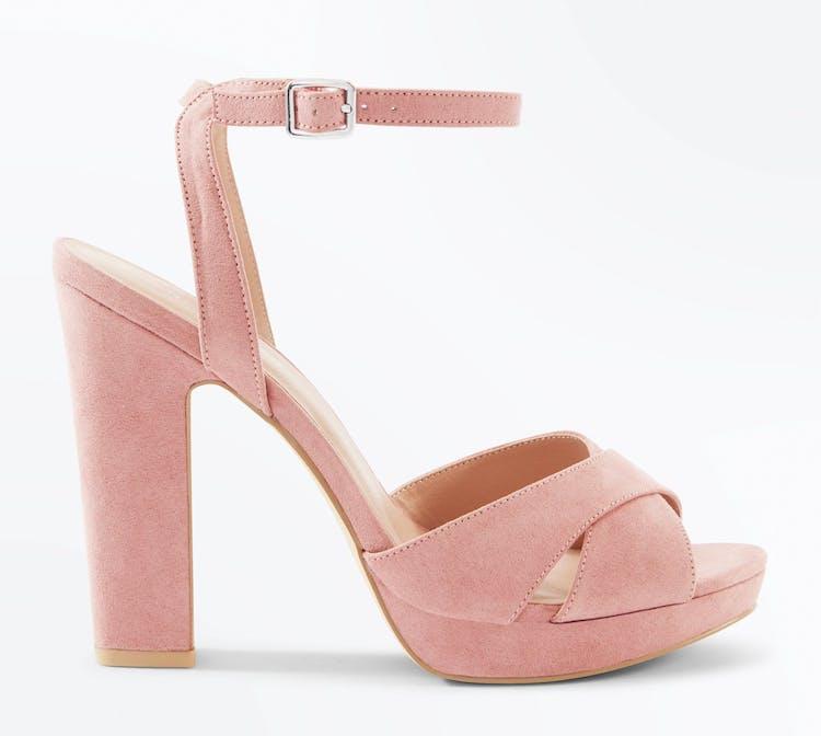 750bace9834 Stiletter   27 højhælede sko, der er lette at gå i   Woman.dk