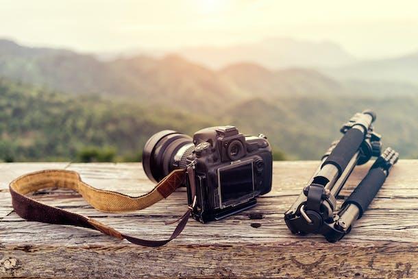 Kamera og rejsestativ