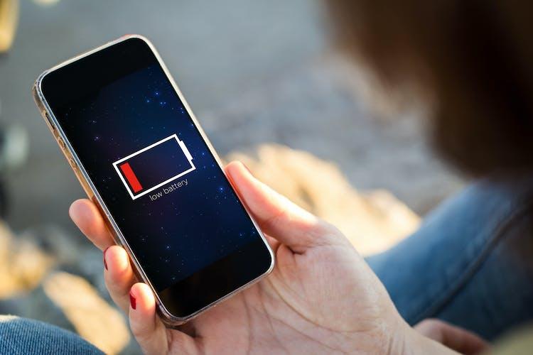 Så kontrollerar du mobiltelefonens batteri på Android och iPhone ... 27d3a1d2eaaf4
