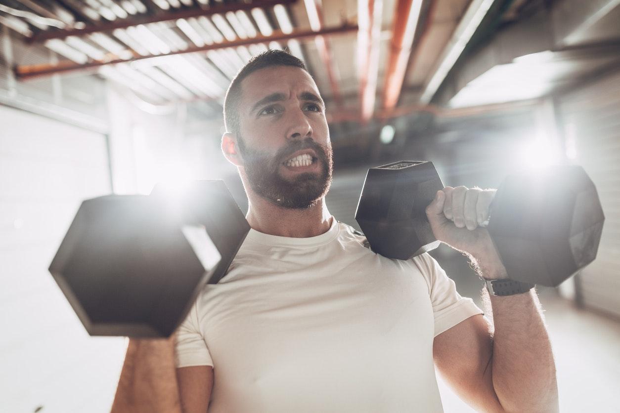ondt i skulder efter træning