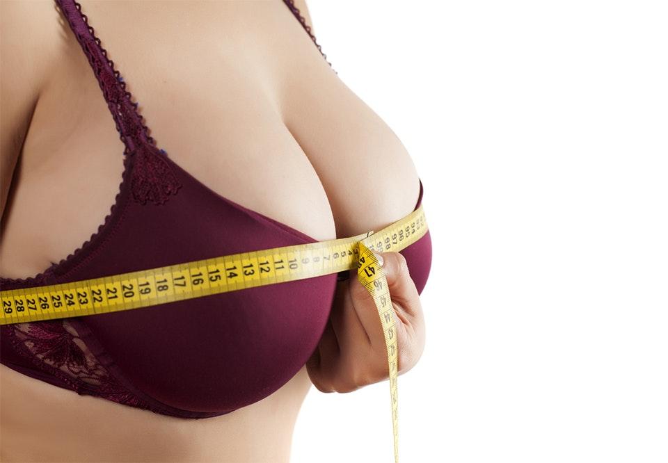 hvordan få mindre bryster