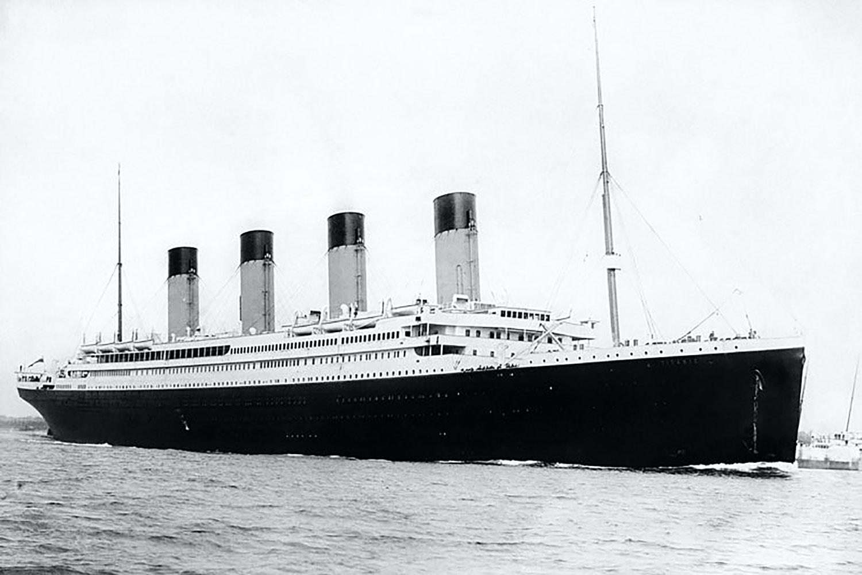Sjoman raddades fran brinnande skepp