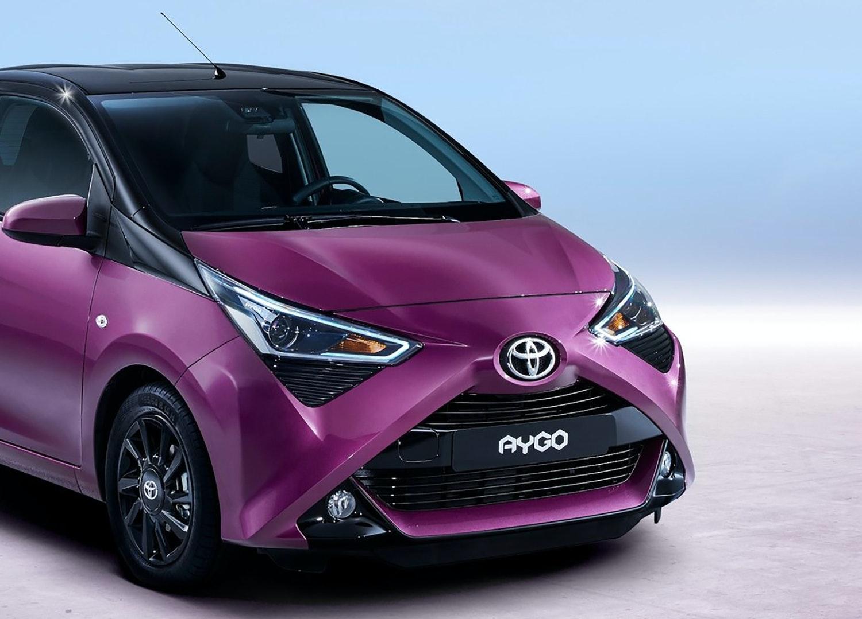 Toyota pifter deres lille aygo op for Garage jaguar lille