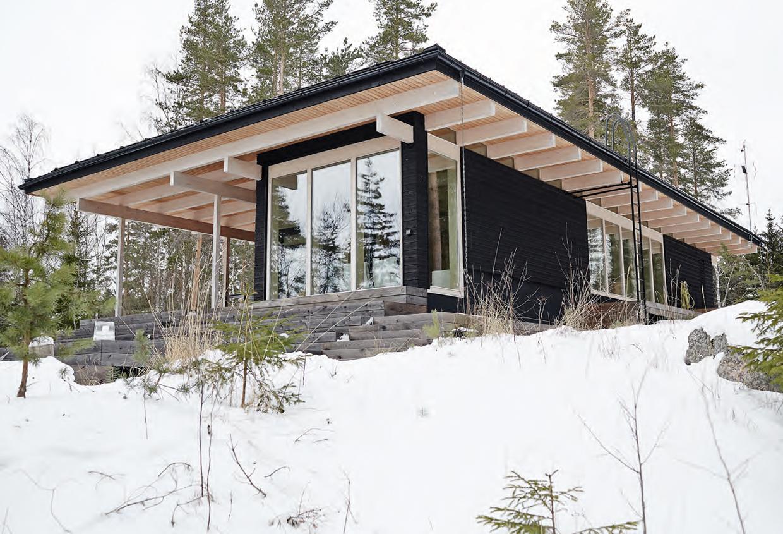 Fins Vakantie Huis : Het houten huis aan het finse bosmeer scandiliv