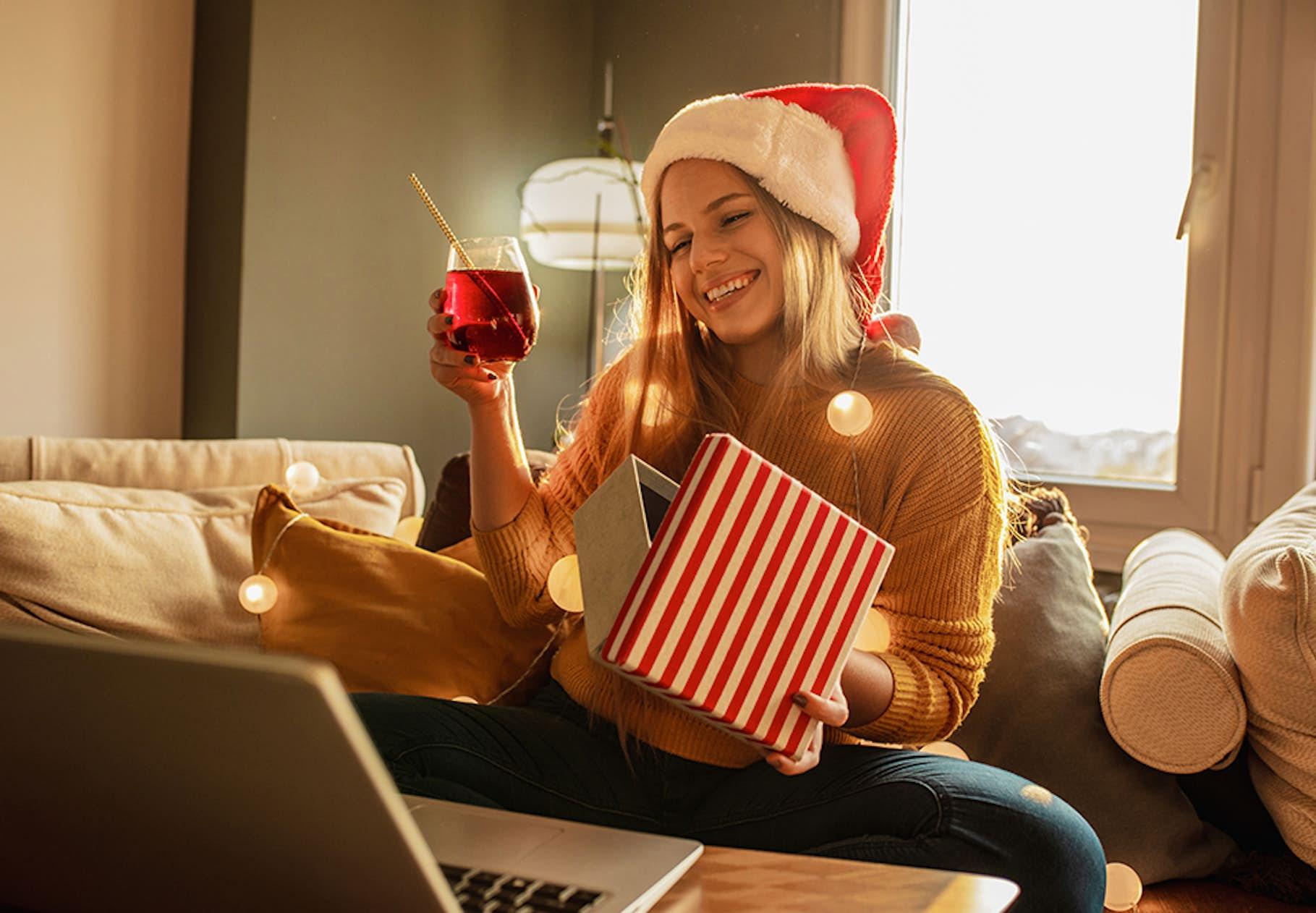 8 Tips Til Hvordan Du Kan Arrangere En Sjov Virtuel Julefrokost I Ar Woman Dk