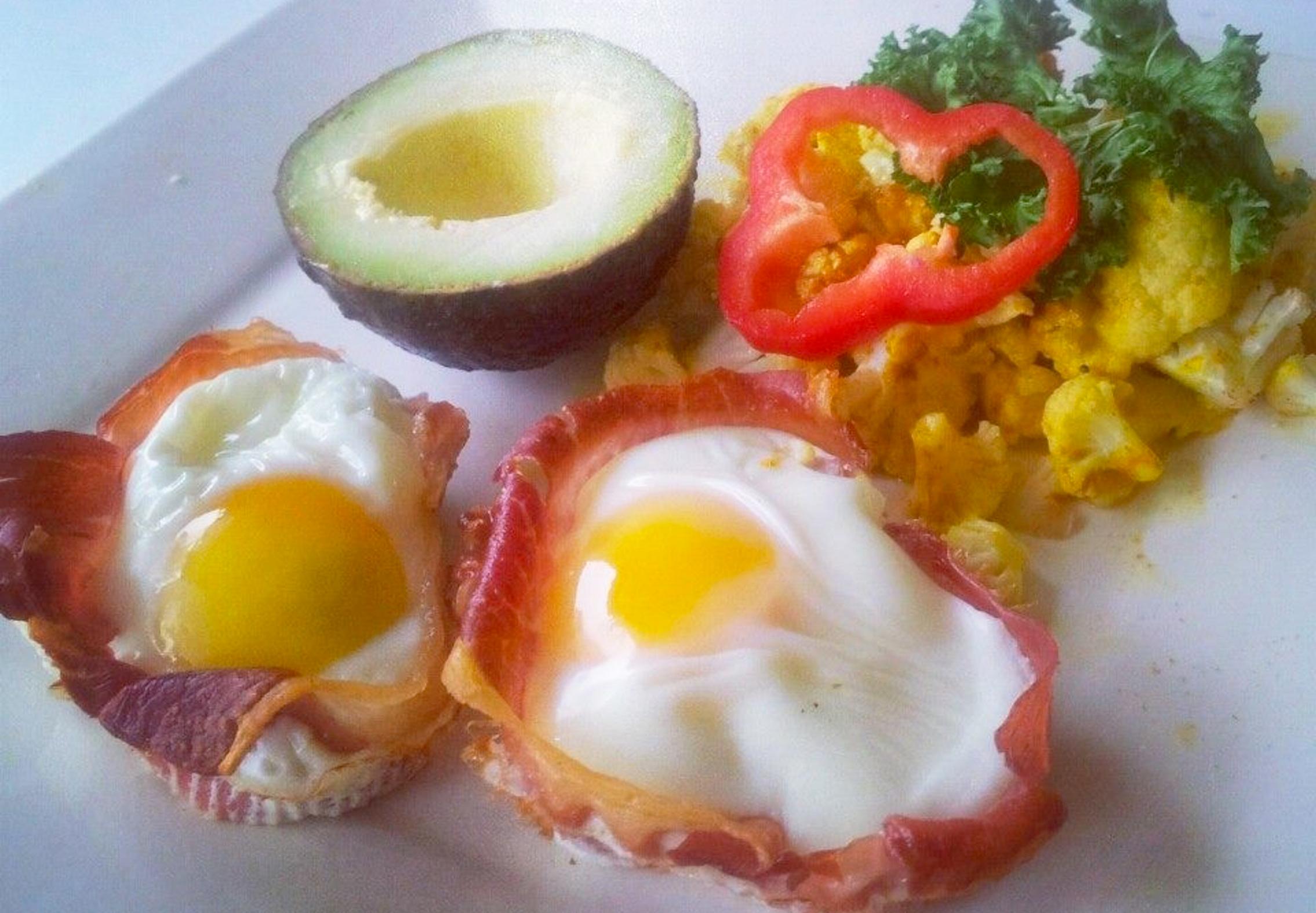 Fantastisk Weekendbrunch Med æg Serveret I Bacon Womandk
